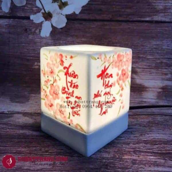 Đèn Xông Tinh Bằng Điện Dáng Vuông Câu Đối - 90045