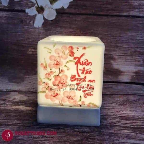 Đèn Xông Tinh Dầu Bằng Điện Đón Xuân Dáng Vuông - 90081