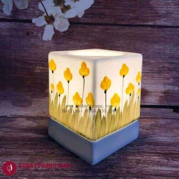Đèn Xông Tinh Dầu Bằng Điện Vẽ Hoa Dáng Vuông - 90047
