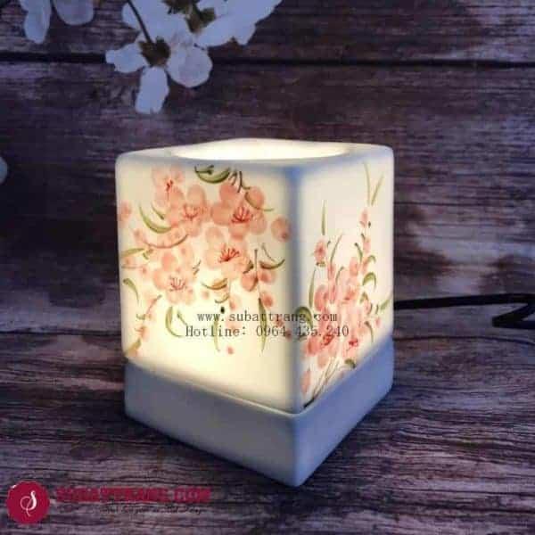 Đèn Xông Tinh Dầu Bằng Điện Vẽ Hoa Dáng Vuông - 90060