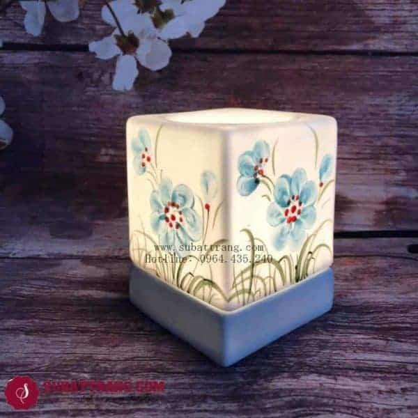 Đèn Xông Tinh Dầu Bằng Điện Vẽ Hoa Dáng Vuông - 90077