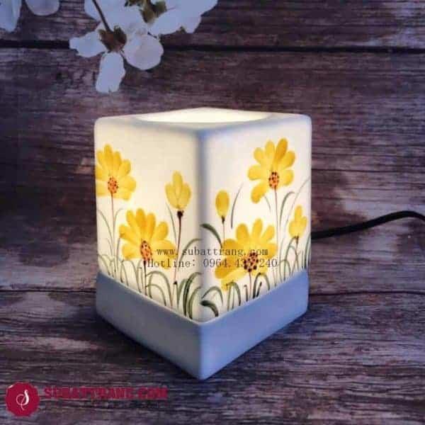 Đèn Xông Tinh Dầu Bằng Điện Vẽ Hoa Dáng Vuông - 90079